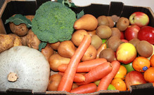 Fruit & Vege Box with Navel Oranges