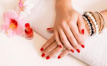 Deluxe Manicure & Spa Pedicure