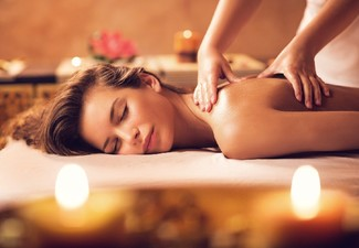 60-Minute Pamper Package incl. 30 Minute Massage Treatment & Deep Moisturising Facial for One Person
