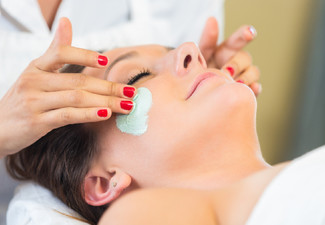 60-Minute Deep Hydration Facial for One Person incl. Scalp & Arm Massage - Option for Two People