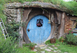 Hobbiton Afternoon Tour from Auckland or Rotorua with Luxury Return Transport in Small Groups - Option for Child