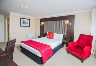 $109 for a One-Night Stay for Two People in a Superior Room incl. Wifi – Options for up to Three Nights Available