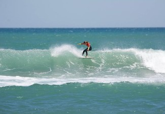 Two-Hour Learn to Surf Group Lesson incl. Surfboard & Wetsuit Hire - Options for Two-People or 1.5 Hour Private Lessons