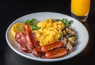 Breakfast Voucher for Two incl. Parking - Options for Dinner & Drinks Voucher & Takeaway
