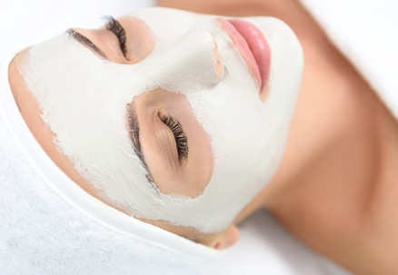 Ultimate Pamper Package incl. Anti-Aging Facial, Lash Tint, Brow Tint, Brow Tidy & Head, Neck & Shoulders Massage