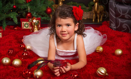 $30 for a Professional Christmas-Themed Photo Session, incl. One 8x10 Colour Print (value $100)