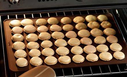 $22 for a Macaron Baking Kit