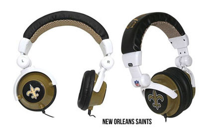 """$20 for iHip Skull Earphones with LED Light or iHip """"Superman"""" DJ Headphones, or $32 for iHip NFL DJ Style Headphones (value up to $49.95)"""