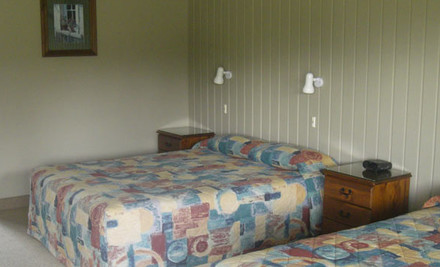 $165 for Two Nights for Two in a Queen/Single Studio incl. Breakfast, WiFi & Late Checkout in Te Anau (value $368)