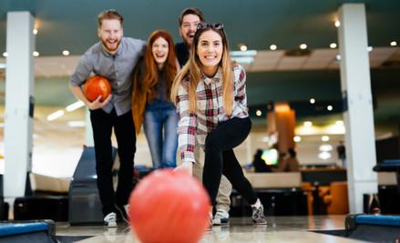 One Tenpin Bowling Game incl. Shoe Hire