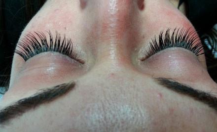 $39 for Full Glamour Eyelash Extensions (value $100)