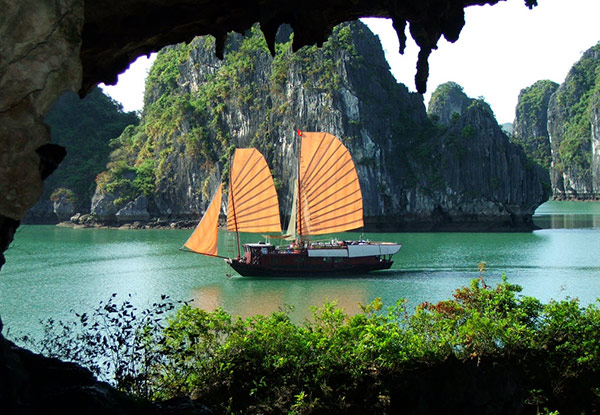 Per-Person Twin-Share 12-Day Tour of Vietnam & Cambodia incl. Transport, Accommodation, English Speaking Tour Guide & Overnight Halong Bay Cruise