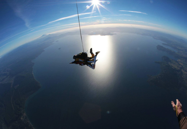9000ft Tandem Skydive Package Overlooking Lake Taupo - Options for 12000ft, 15000ft or 18500ft & to incl. Voucher Towards a Camera Package or Exit Image