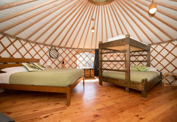 One-Night Glamping Experience for Two or Four People incl. Breakfast - Option for Two Nights Available incl. Bottle of Wine on Arrival