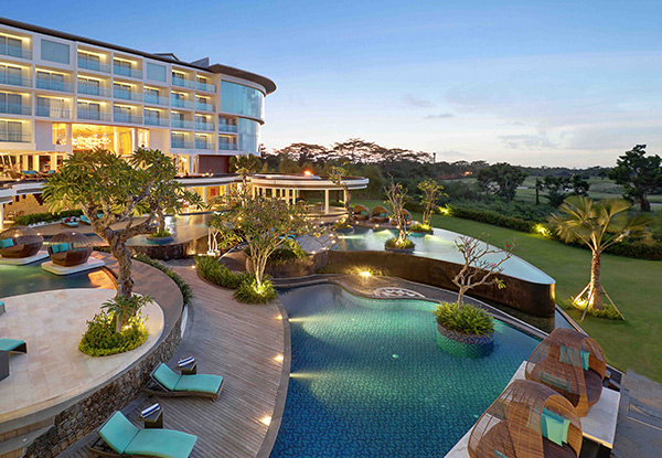 Five-Night South Bali Resort Package for Two People incl. Deluxe Balcony Room, Breakfast, Welcome Drinks, Lunch or Dinner, Mini Bar, 60-Minute Massage, Shuttle to Dreamland Beach & 18-Hole Round of Golf - Option for Seven Nights