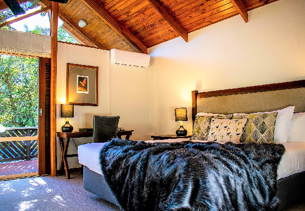 Two-Night Midweek Stay for Two People in a Luxury Chalet incl. Daily Breakfast, Complimentary Drink, Free Wifi & Complimentary Parking - Option for Three-Night Stay