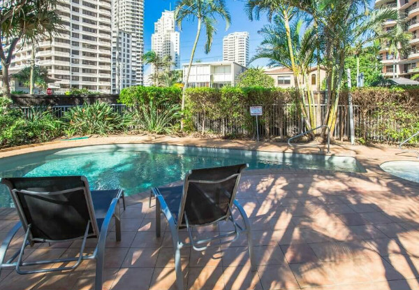 Per-Person Quad-Share Five-Night Surfers Paradise Getaway incl. Flights, Wine on Arrival, Spa Access, Kitchen Facilities - Options for Twin-Share & Seven-Night Stay Available