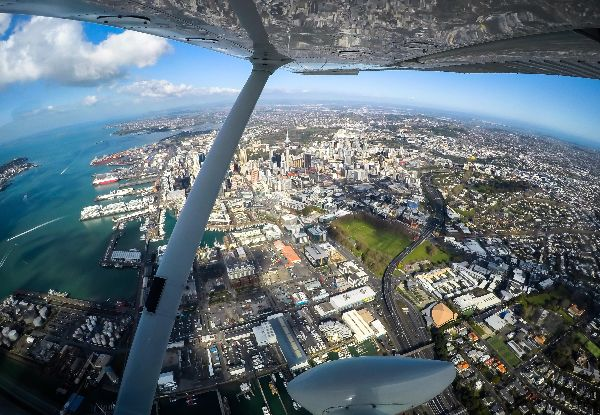 45-Minute Flight Experience Around Auckland for One Person - Options for up to Three People
