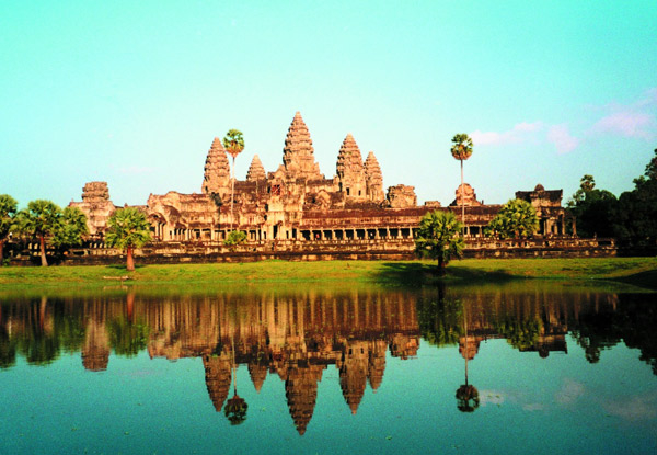 Per-Person, Twin-Share 16-Day Vietnam & Cambodia Heritage Tour incl. Accommodation, Transport & Domestic Flights
