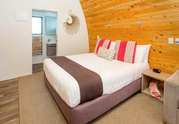 Two-Night Stay for Two People in an Ensuite Villa at Hot Water Beach