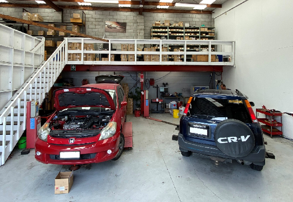 Honda Car Service incl. Oil & Oil Filter Replacement, Tyre Inspection & More