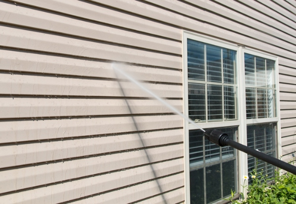 Exterior House Wash & Window Clean for a Home up to 100m2 - Options up to a 280m2 Home & to incl. a Moss & Mould Treatment