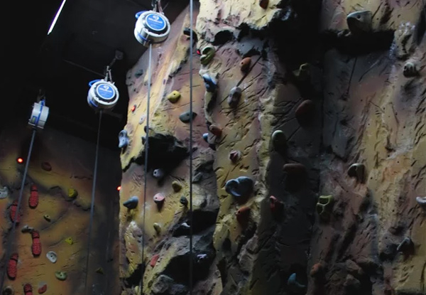 General Admission Pass for One to Clip N Climb, Auckland's RealRoc Wall - Option for up to 10 People & a 10-Session Pass