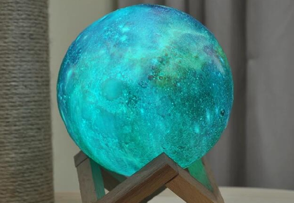 3D Space USB Moon Lamp - Four Sizes Available