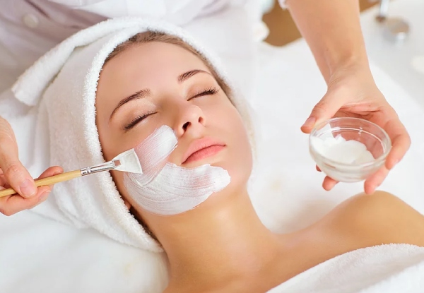 Relaxing Facial & Eye Trio Package for One incl. Lash Tint, Brow Tint & Brow Tidy